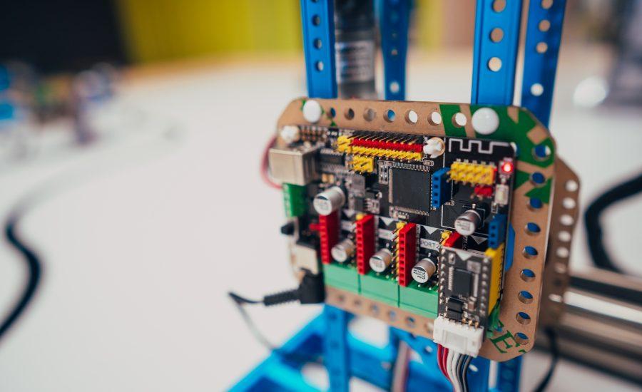 Inżynier budowy – branża elektryczna – serwerownie